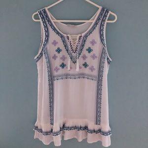 Beautiful Boho Ariat soft sleeveless tunic